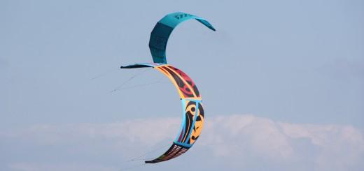 Kiter bei Nordost-Wind